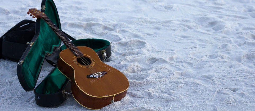 Top 7 Best Travel Acoustic Guitars