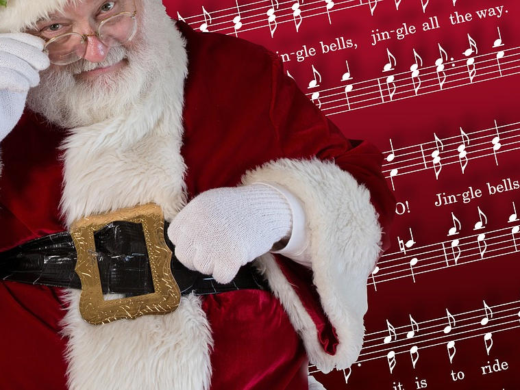 Top 30 Easy Guitar Christmas Songs with Chords