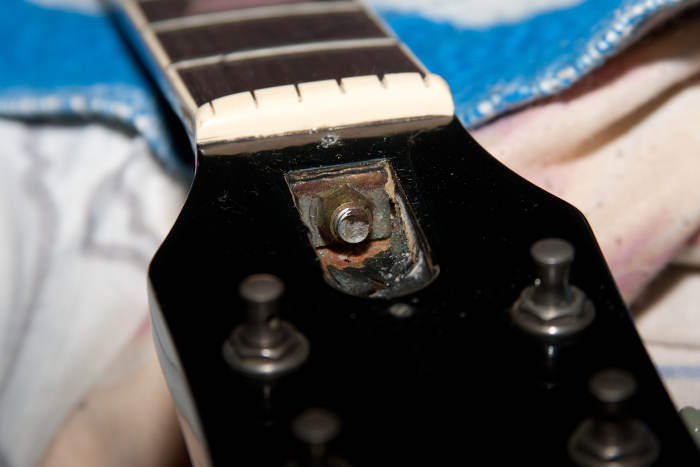 What You Need To Know About Your Guitar's Truss Rod